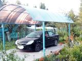 Навес для автомобиля из поликарбоната